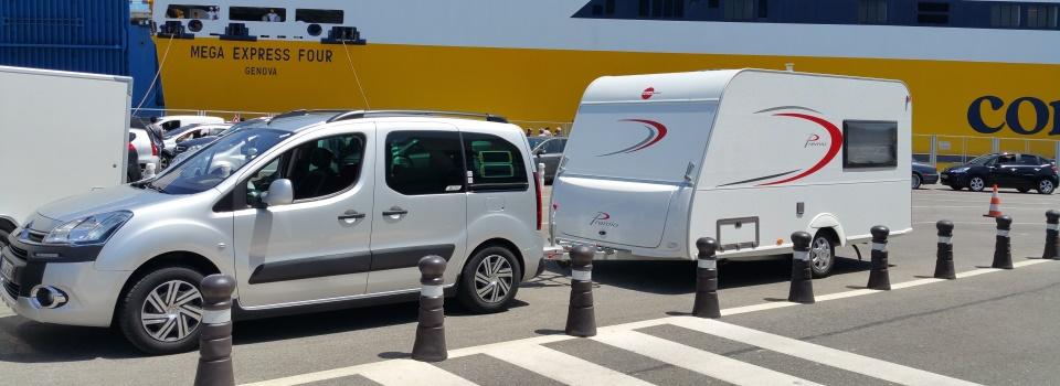 Berlingo mit LPG und Wohnwagen auf Korsika